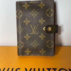 Louis Vuitton Small Agenda Cover - Monogram